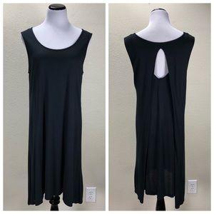 Bench Black Sleeveless Keyhole Back Drapes Dress